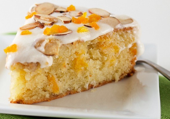 Apricot and Almond Cake - Recipe - Dried Apricot Cake