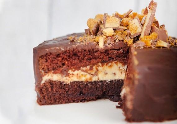 Crunchie Cake