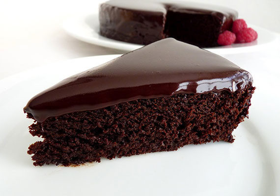 Chocolate Cake with Oil
