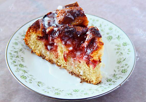 Pluot Cake