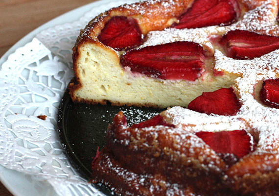 Strawberry Ricotta Cake Recipe