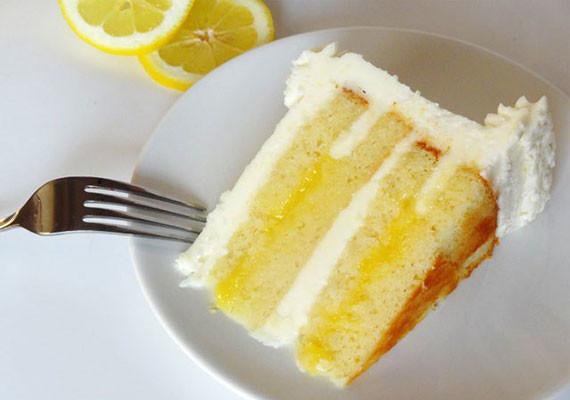 Lemon Cake and Lemon Curd Filling
