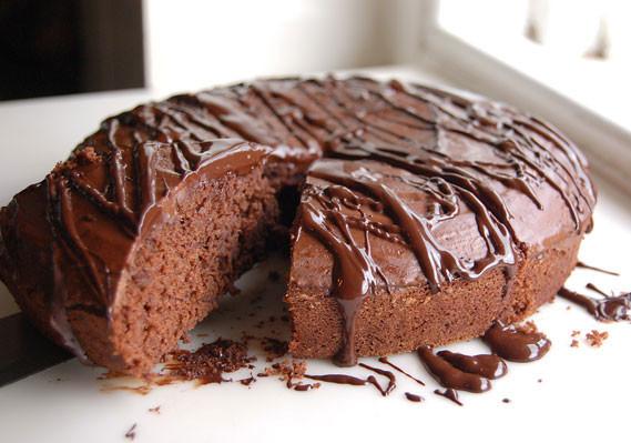 Plain-Chocolate-Cake-Recipe-Slice