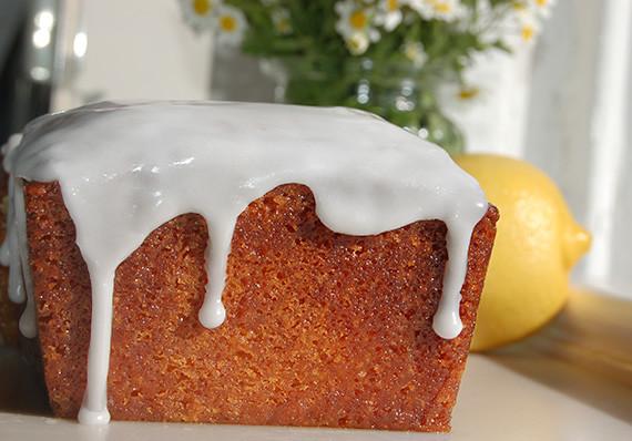 Lemon-Syrup-Cake